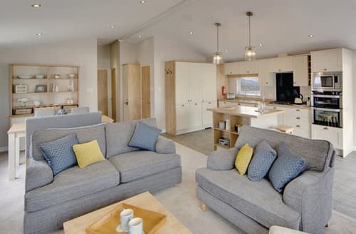 Last Minute Cottages - Lovely Skegness Lodge S108832