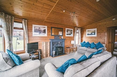 Last Minute Cottages - Exquisite Camelford Lodge S108868