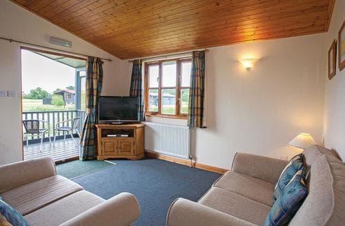 Last Minute Cottages - Superb Darsham Lodge S108888