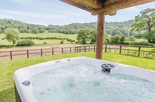 Last Minute Cottages - Luxury Broxton Lodge S108905