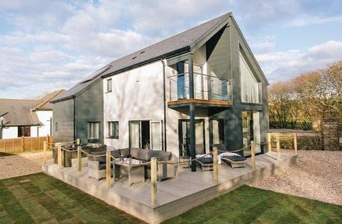 Last Minute Cottages - Superb Stratton Lodge S108929