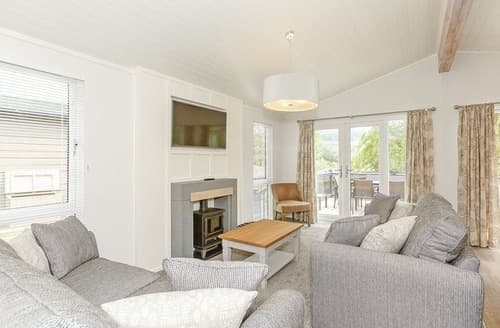 Last Minute Cottages - Gorgeous Aysgarth Lodge S108962