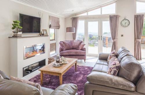 Last Minute Cottages - Delightful Cheddar Lodge S109035