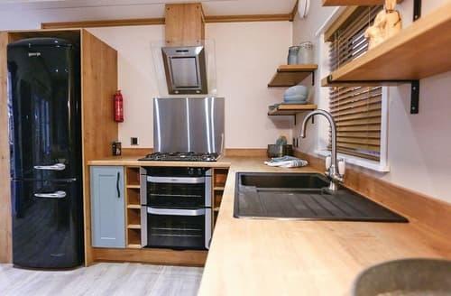 Big Cottages - Charming Godshill Lodge S109079