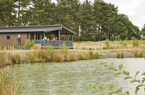 Last Minute Cottages - Exquisite Woodhall Spa Lodge S109082