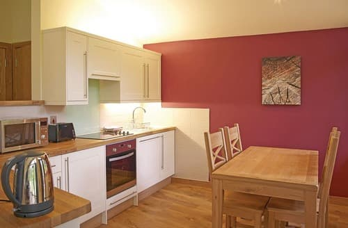 Last Minute Cottages - Wonderful Sherwood Forest Lodge S109160