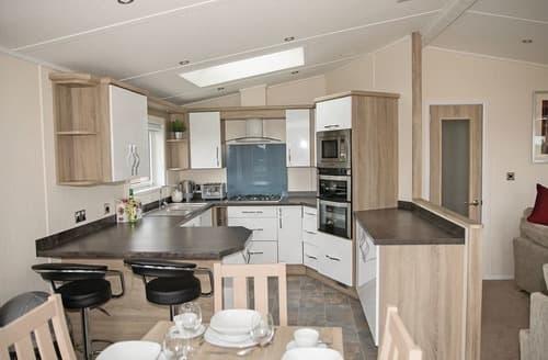 Last Minute Cottages - Splendid Cheddar Lodge S109293