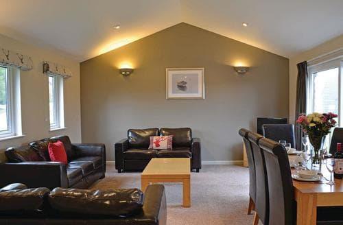 Last Minute Cottages - Inviting Lanivet Lodge S109369