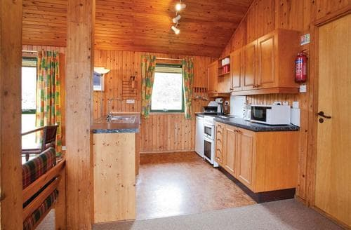 Big Cottages - Inviting Lochearnhead Lodge S109380