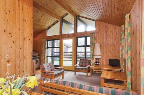 Last Minute Cottages - Stunning Lochearnhead Lodge S109383