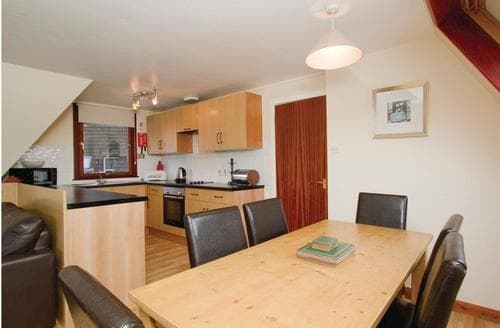 Big Cottages - Captivating Kinlochlochy Lodge S109395