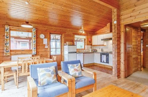 Last Minute Cottages - Adorable Upottery Lodge S109496