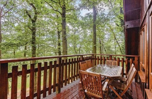 Last Minute Cottages - Captivating Garthmyl Lodge S109527