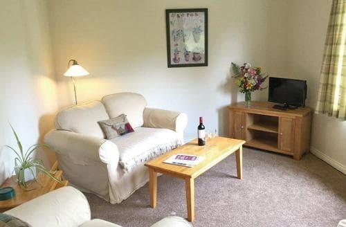 Last Minute Cottages - Inviting Castle Douglas Lodge S109542