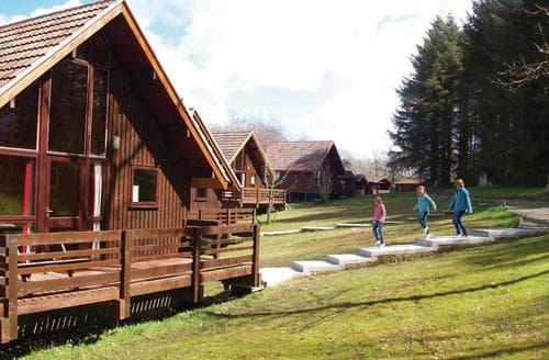 Last Minute Cottages - Wonderful North Tamerton Lodge S109555