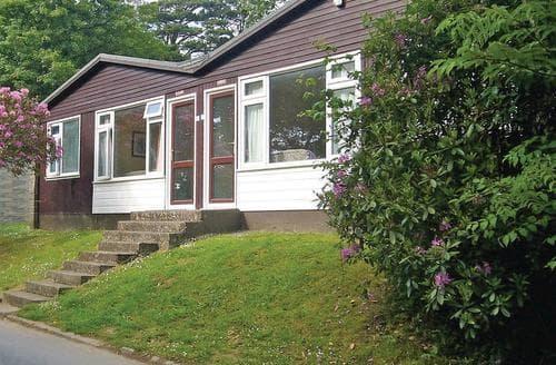 Last Minute Cottages - Charming Kilkhampton Lodge S109626