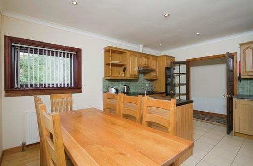Big Cottages - Delightful Kinlochlochy Lodge S109642