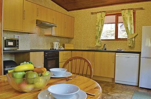 Last Minute Cottages - Attractive Garthmyl Lodge S109670