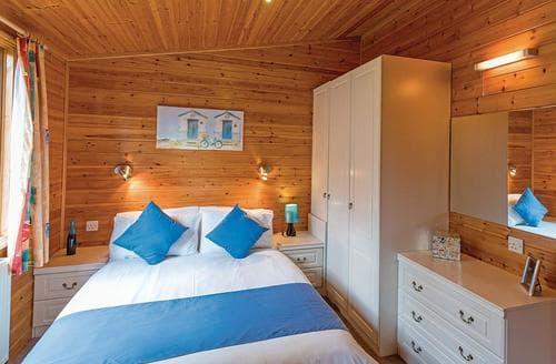 Last Minute Cottages - Adorable Relubbus Lodge S109672