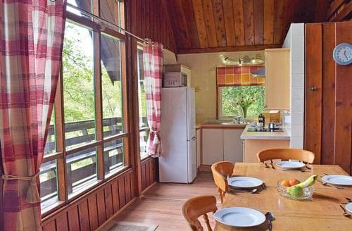 Last Minute Cottages - Quaint Garthmyl Lodge S109674