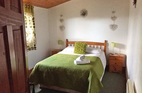 Last Minute Cottages - Splendid Bron Y Garth Lodge S109677