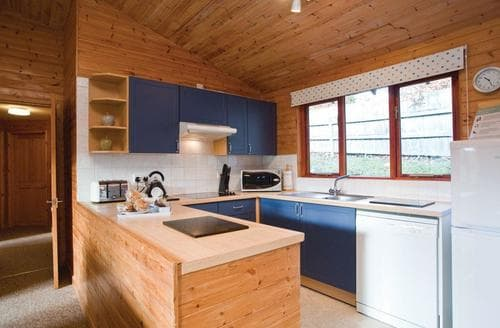 Last Minute Cottages - Attractive Stratton Lodge S109679