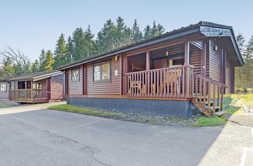 Big Cottages - Tasteful Kielder Water And Forest Park Lodge S109686