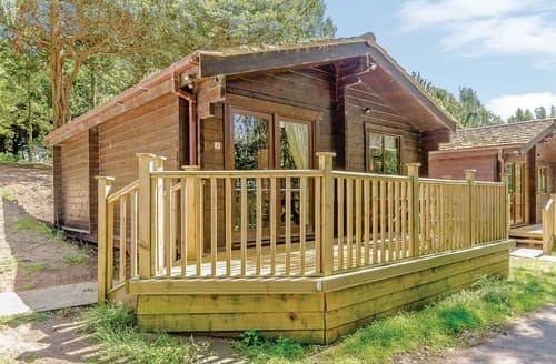 Last Minute Cottages - Delightful Sherwood Forest Lodge S109690