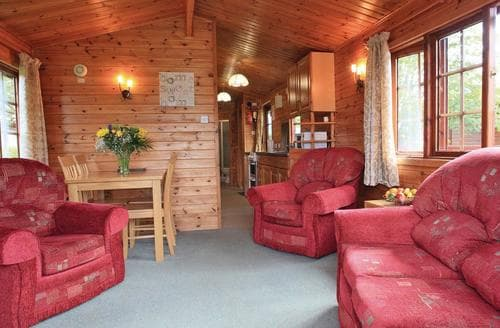 Last Minute Cottages - Cosy Camaghael Lodge S109811