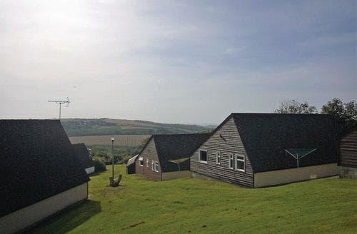 Last Minute Cottages - Luxury Kilkhampton Lodge S109815