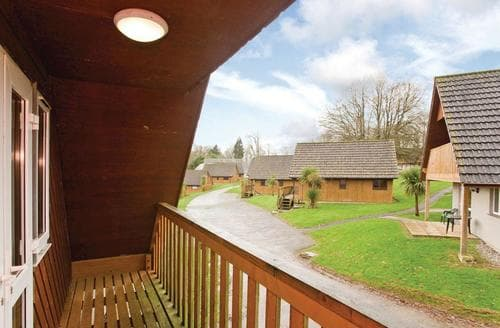Last Minute Cottages - Delightful St Tudy Lodge S109842
