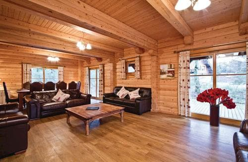 Big Cottages - Luxury Fowlis Lodge S109846