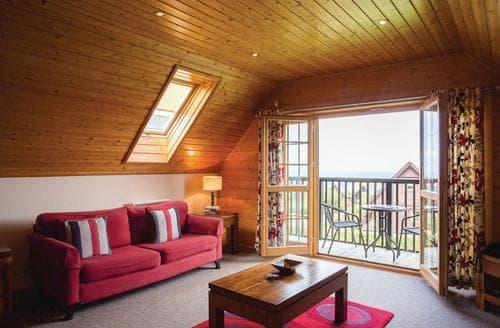Last Minute Cottages - Tasteful Tregea Hill Lodge S109876