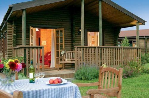 Last Minute Cottages - Splendid Urchfont Lodge S109913