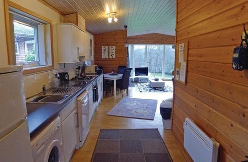 Last Minute Cottages - Rudyard Woodlandsview