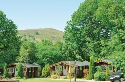 Last Minute Cottages - Quaint Brecon Beacons National Park Lodge S110211