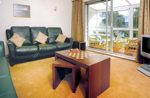 Big Cottages - Quaint Aviemore Lodge S110358