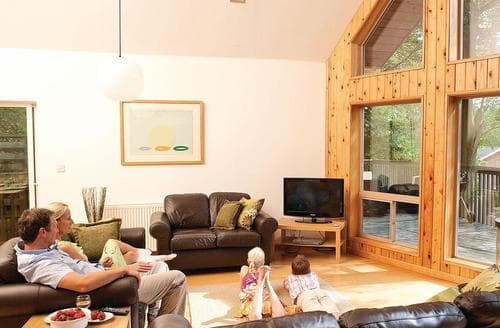 Last Minute Cottages - Birches Lodge