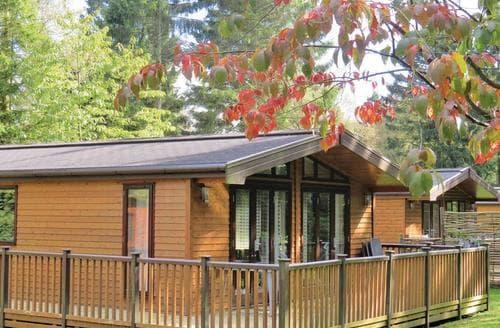 Big Cottages - Charming Matlock Lodge S110461