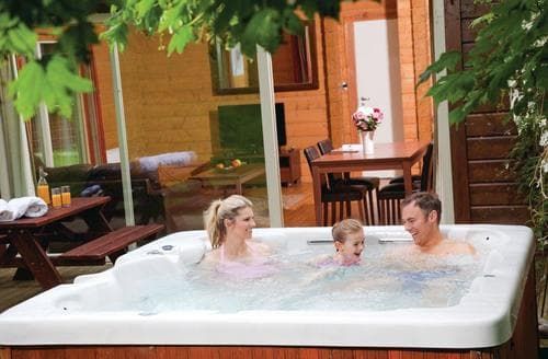 Last Minute Cottages - Inviting Aysgarth Lodge S110501