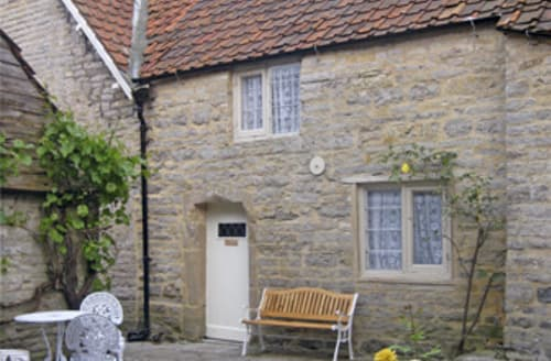 Last Minute Cottages - Inviting Glastonbury Cottage S2185