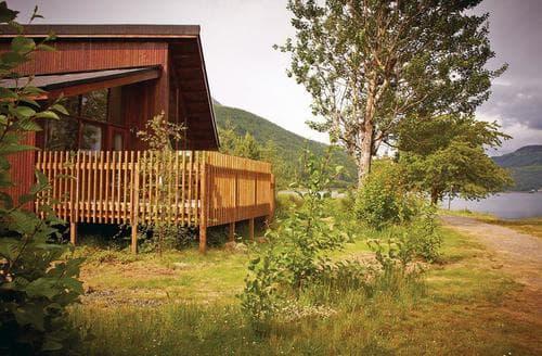 Last Minute Cottages - Lovely Arrochar Lodge S110590