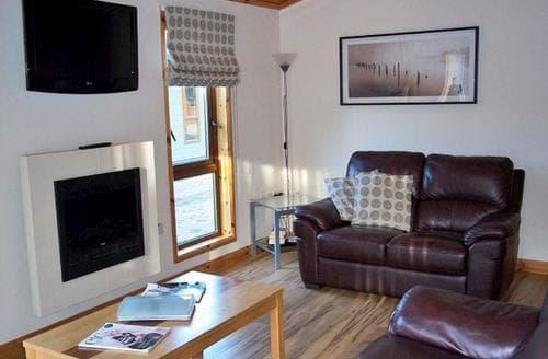 Last Minute Cottages - Charming Littlehampton Lodge S110608