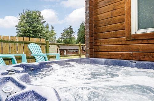 Last Minute Cottages - Delightful Aysgarth Lodge S110694