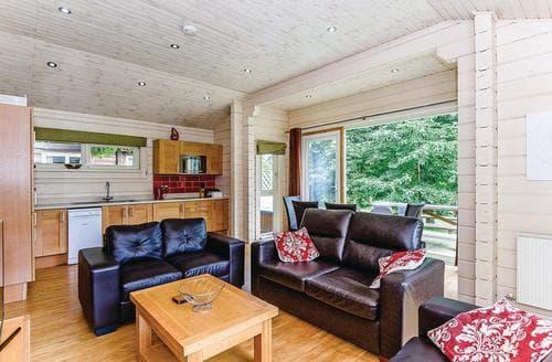 Last Minute Cottages - Westholme Laburnum VIP