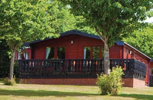 Big Cottages - Tasteful Milford On Sea Lodge S110762