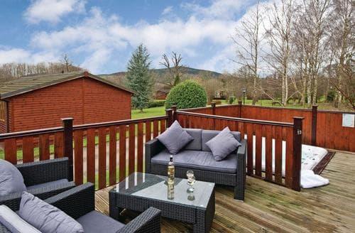 Last Minute Cottages - Stunning Hopton Heath Lodge S110776