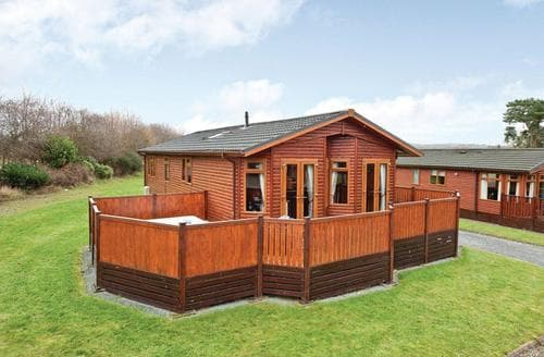 Last Minute Cottages - Attractive Hopton Heath Lodge S110813