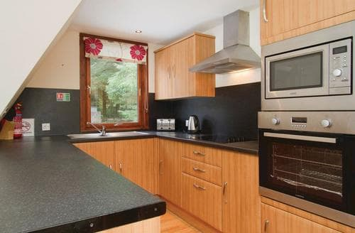 Last Minute Cottages - Gorgeous Kinlochlochy Lodge S110822