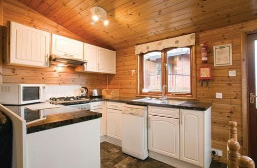 Big Cottages - Wonderful Battle Lodge S110856